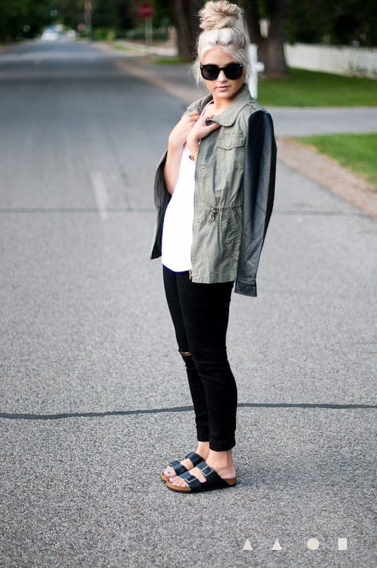 Hippie Sandals: Cute Outfits With Birkenstock Sandals