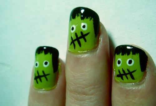 Here's a curated list of 20 DIY Halloween Nail Art Designs for more fun and creepiness this fall! Find tons of designs from cute to scary for inspiration!