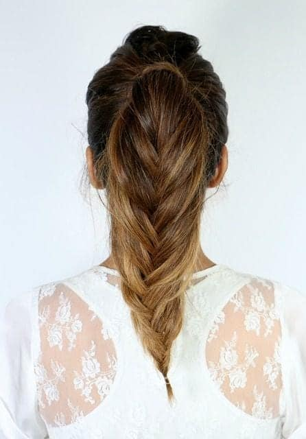 summer fishtail ponytail