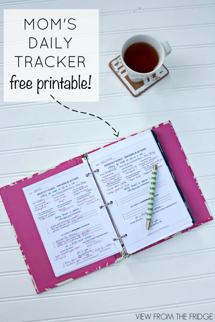 Here's a curated list of 11 free printable 2018 planners to kick start the new year. A printable planner is perfect for making weekly or monthly to-do lists, goal setting, time management, meal planning, creating a daily routine, tracking tasks or just need help organizing your life. Find all kind of designs from minimal and modern to inserts and more!