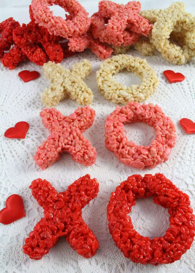 xoxo rice krispie treats two sisters crafting