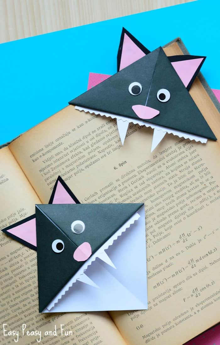 Halloween-Cat-Corner-Bookmarks